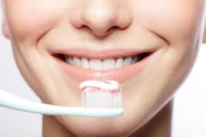 чистить зубы во сне