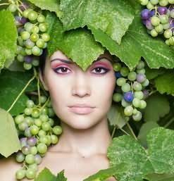 к чему снится виноград во сне и по соннику