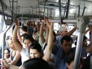 Секс в автобусе у кого был