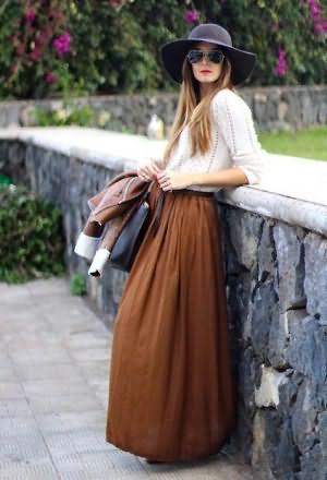 Снимают юбку незаметно — 11