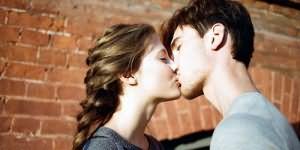 к чему снится поцелуй с артистом