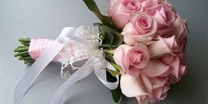 Подарить букетик цветов маме, сестре или соседке, заказать цветы на рождение ребенка