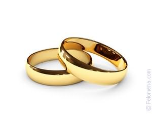 Для взрослых мужиков кольца девушка имеет