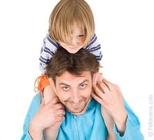 Аьяный папа учит дочь любви