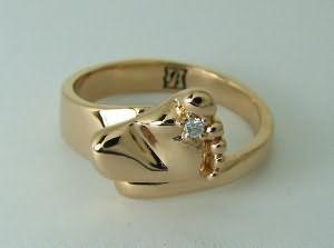 Во сне незнакомец подарил перстень