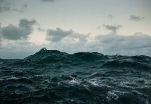 Видеть во сне море чистое