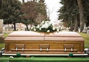 Что значит если снится мертвый родственник