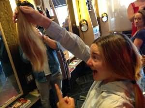 Сонник стричь волосы другому человеку
