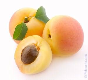 К чему снятся абрикосы собирать и есть