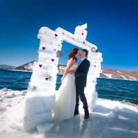 Сонник к чему снится свадьба чужая