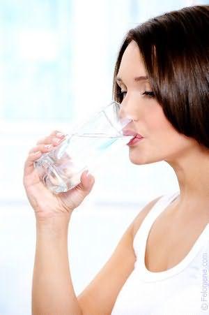 К чему снится пить много воды